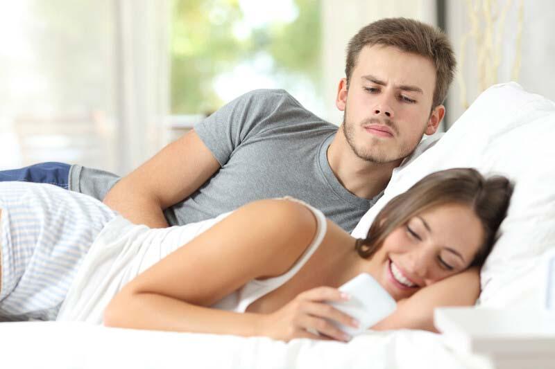 Husband tracking wifes phone